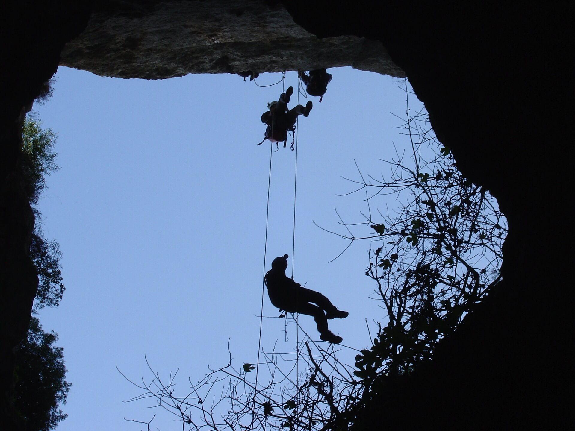 5 hétköznapi dolog, amiben segít a barlangászat – az 5. az életedet is megváltoztathatja!